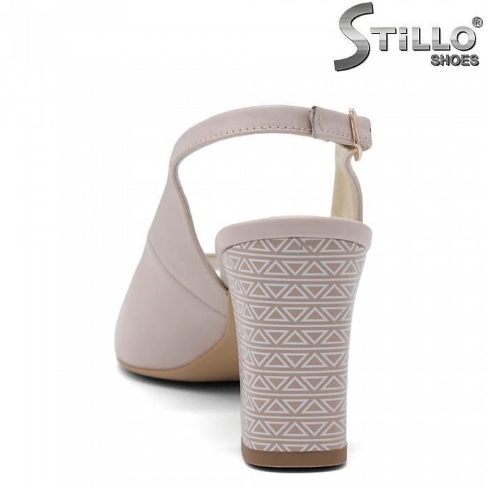 Бежови сандали от естествена кожа на висок ток - 35076