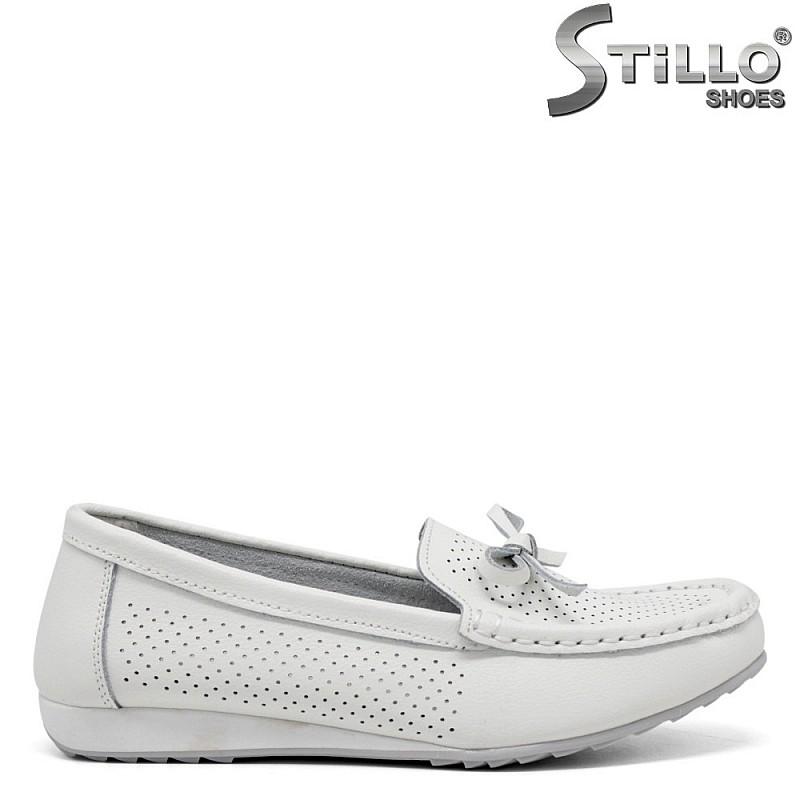Бели дамски мокасини - 35123