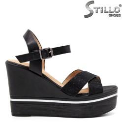 Дамски сандали на висока платформа - 35137