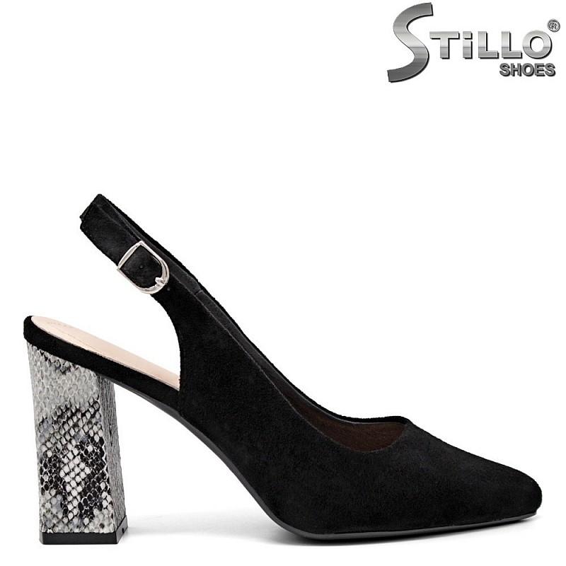Модни обувки на змийски ток - 35142
