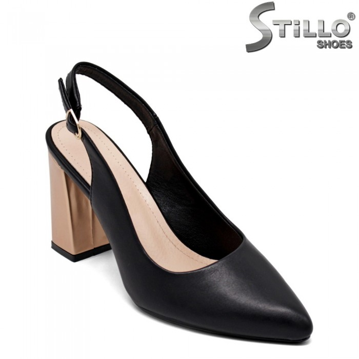 Дамски сандали с отворена пета - 35145