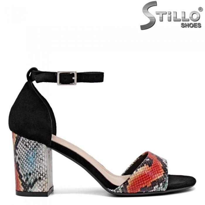 Дамски сандали със затворена пета - 35171
