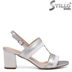 Сребристи дамски сандали на ток - 35174