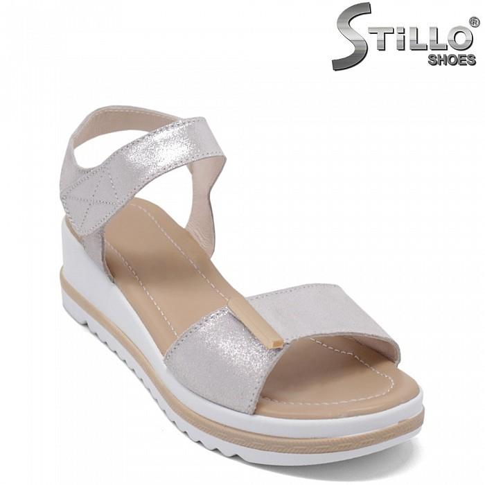 Дамски сребристи сандали на платформа - 35191