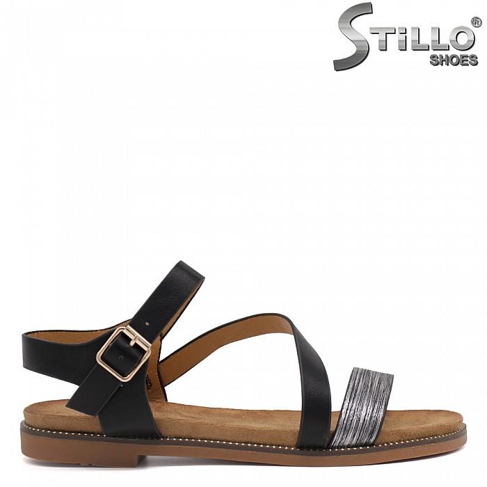 Равни сандали с асиметрична лента - 35196