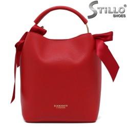 Червена дамска чантичка с панделки - 35219