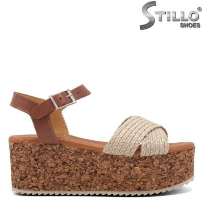 Дамски сандали на платформа - 35226