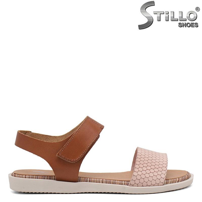 Равни сандали в розово и кафяво - 35234
