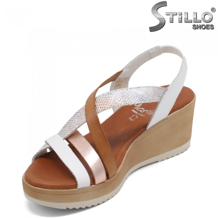 Дамски сандали на платформа - 35236