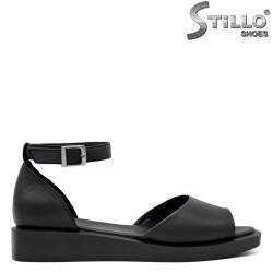 Ежедневни сандали от естествена кожа - 35240