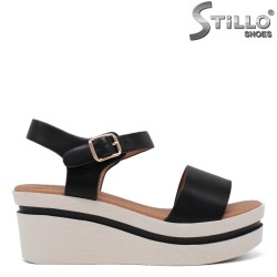 Дамски сандали на платформа - 35303
