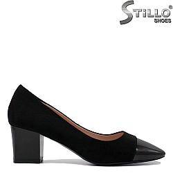 Обувки на среден ток от набук и лак- 35395