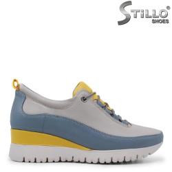 Мултиколор спортни обувки с връзки – 35453