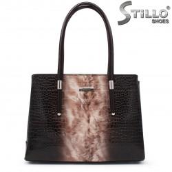 Чанта в кафяв кроко лак - 35528