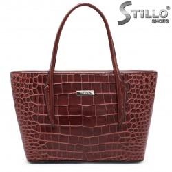 Чанта в кафяв кроко лак - 35534