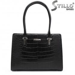 Дамска чанта в кроко кожа - 35536