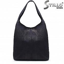 Синя чанта със змийски принт – 35846