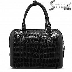 Чанта от естествен лак с кроко принт – 35891