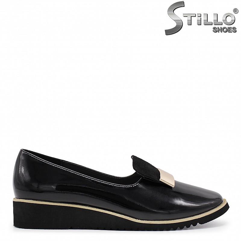 Ежедневни лачени обувки на платформа  - 35959