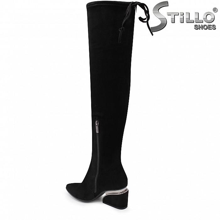Дамски чизми от стреч велур на среден ток  - 35916