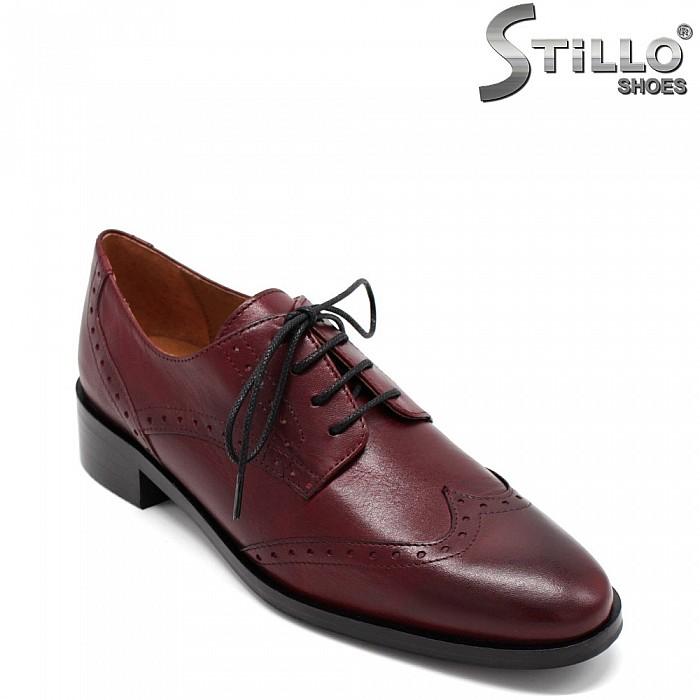 Бордо обувки с швейцарска перфорация - 31300