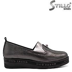 Бронзови кожени обувки с ластик на равно ходило - 31228