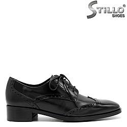 Кожени дамски обувки с връзки - 31296