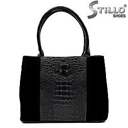 Дамска чанта от велур и кроко лак - 33844