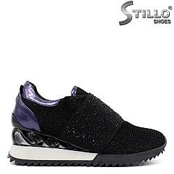 Дамски маратонки от черна мрежа и камъни - 33903