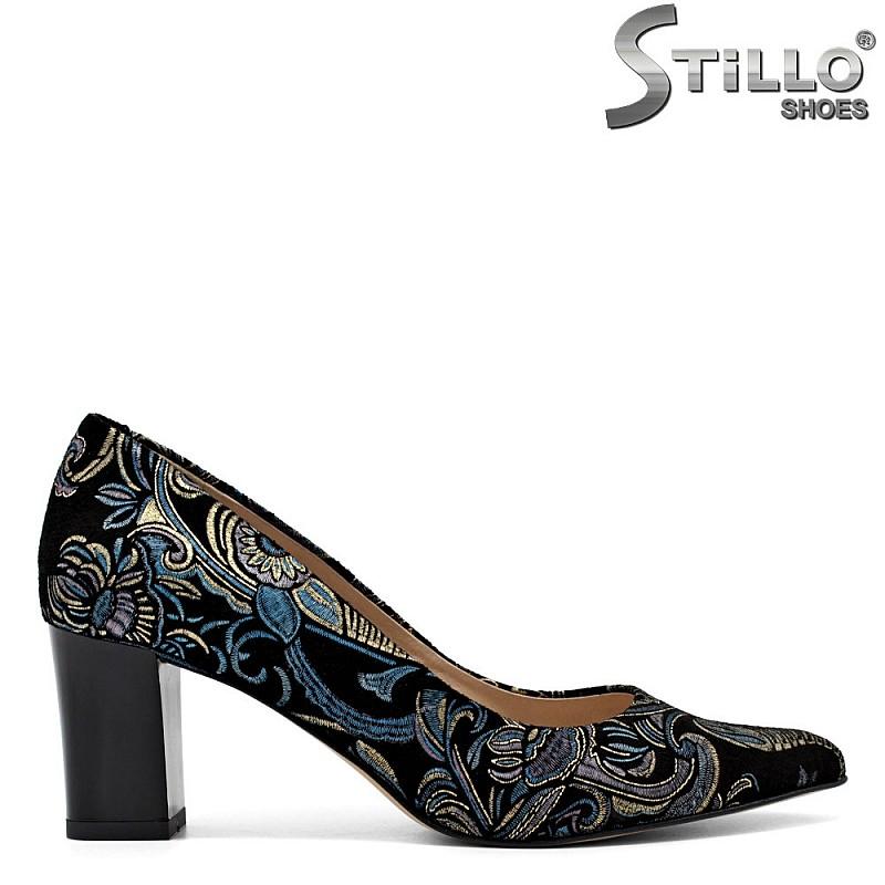 Велурени остри обувки на цветя - 31364
