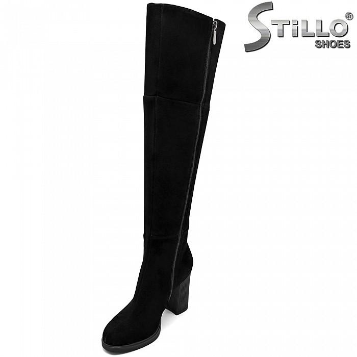 Дамски велурени чизми на висок ток - 31755