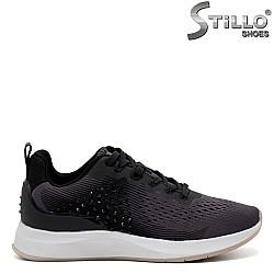 Спортни обувки Tamaris с камъни и връзки - 31999