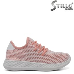 Дамски розови обувки с бяла мрежа - 32095