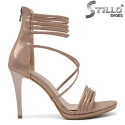 Елегантни перлено - розови сандали - 32128
