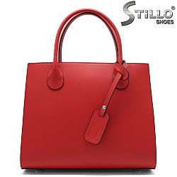 Червена дамска чанта с три отделения - 32216