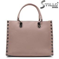 Чанта с капси от естествена кожа цвят пепел от рози - 32222