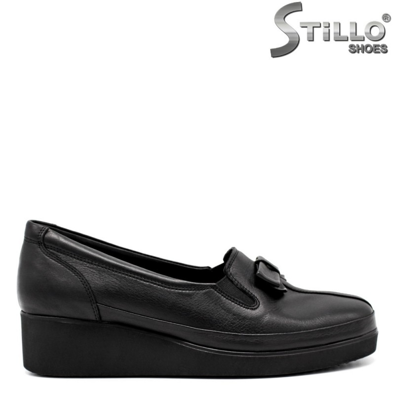 Комфортни обувки на ниска платформа - 32237