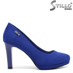 Дамски велурени обувки в кралско синьо - 32281