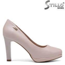 Розови дамски обувки на ток с платформа  - 32283