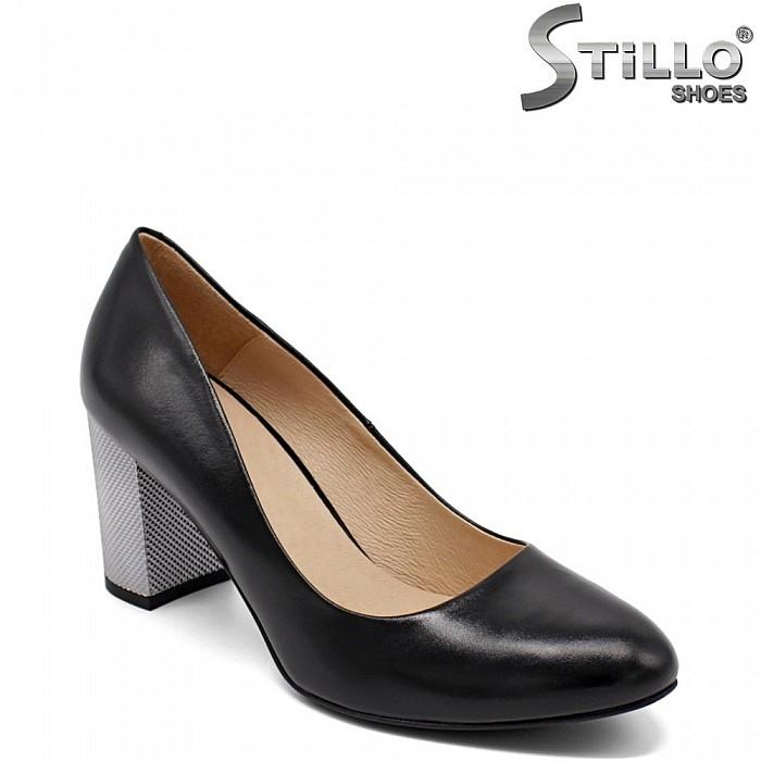 Дамски обувки с метален висок ток - 32303