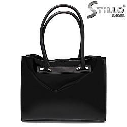 Лачена дамска чанта - 32323