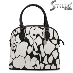 Черно - бяла дамска чанта - 32336