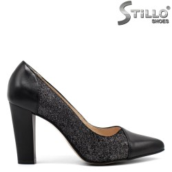 Oстри обувки на висок ток - 32392
