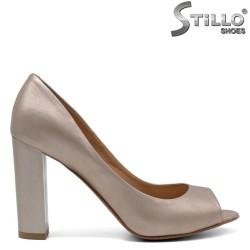Дамски обувки с висок ток и отворени пръсти - 32440