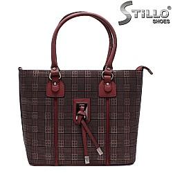 Дамска чанта в бордо - 32490