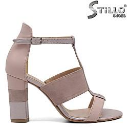 Велурени розови сандали - 32533