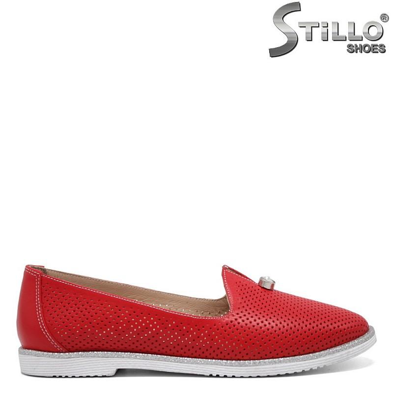 Червени обувки с перфорация - 32540
