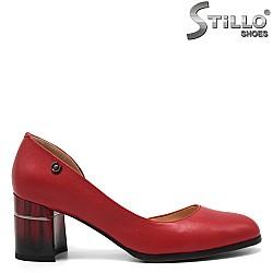Обувки на среден ток в червено - 32547