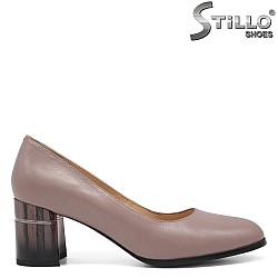 Тъмно розови обувки на среден ток - 32552