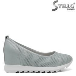 Спортни дамски обувки в цвят мента на платформа - 32634